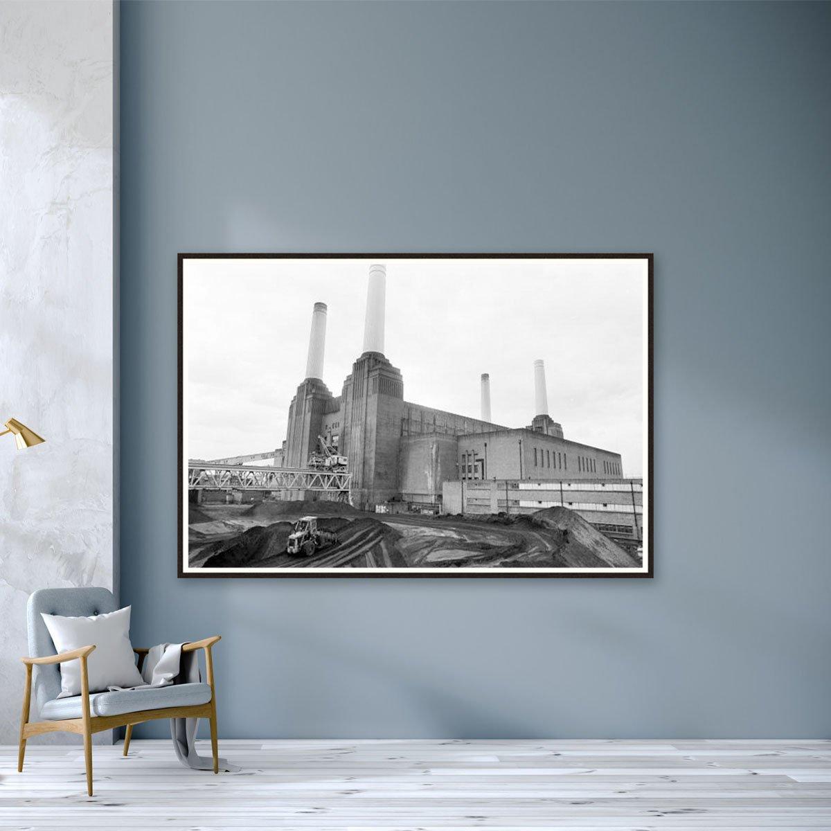 Battersea Power Station by Ian Tyas
