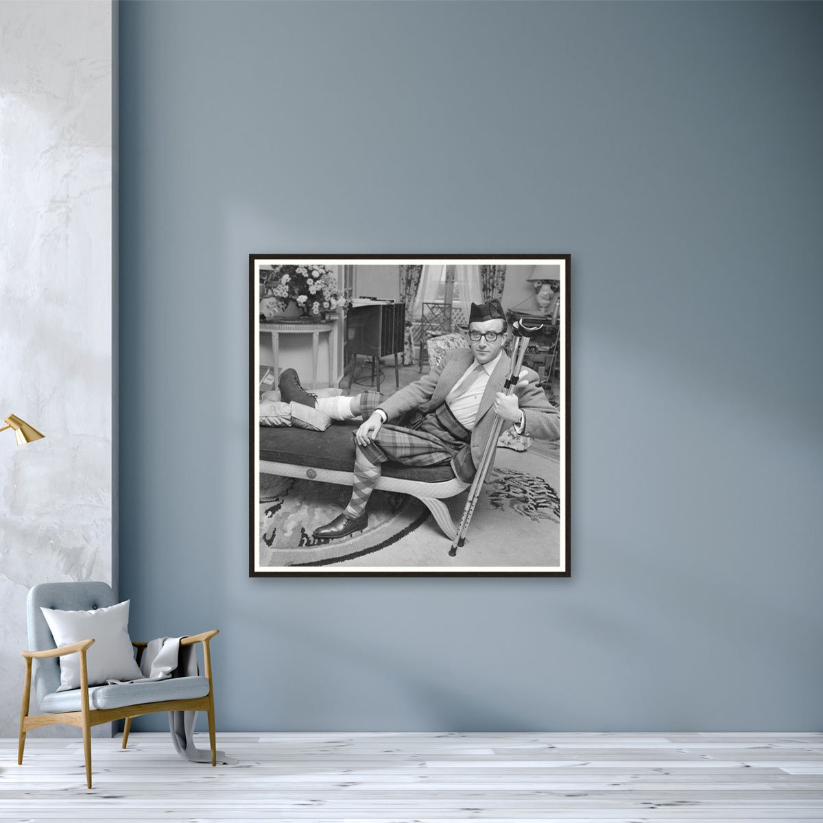 Sellers In Plaster by Reg Lancaster