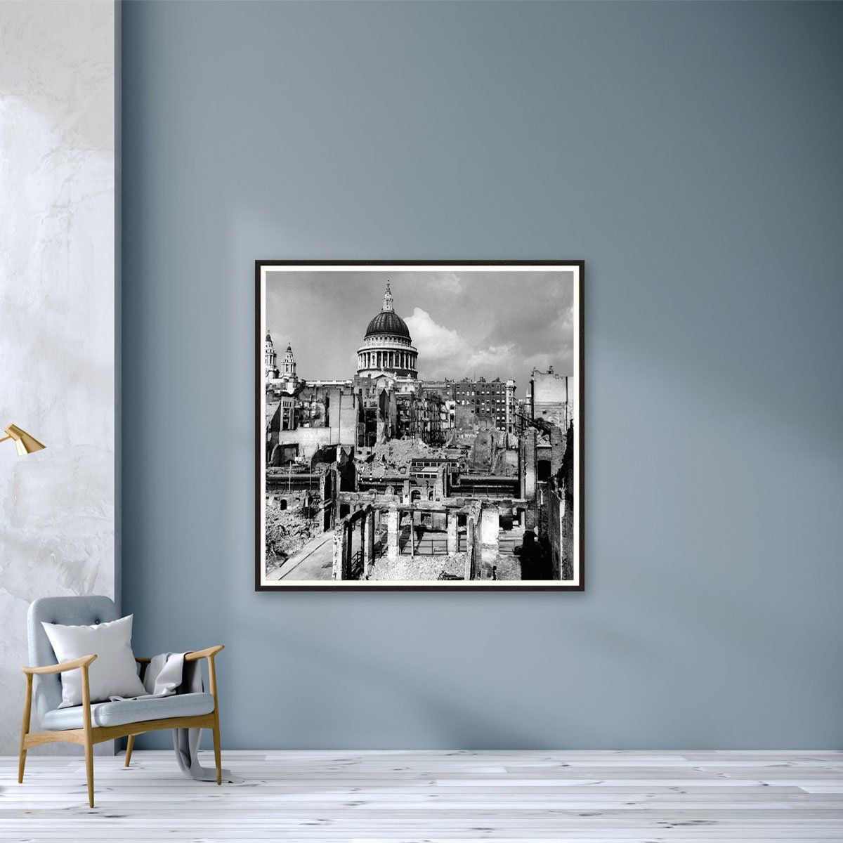 St. Pauls Cathedral stands proud by Frank Rust